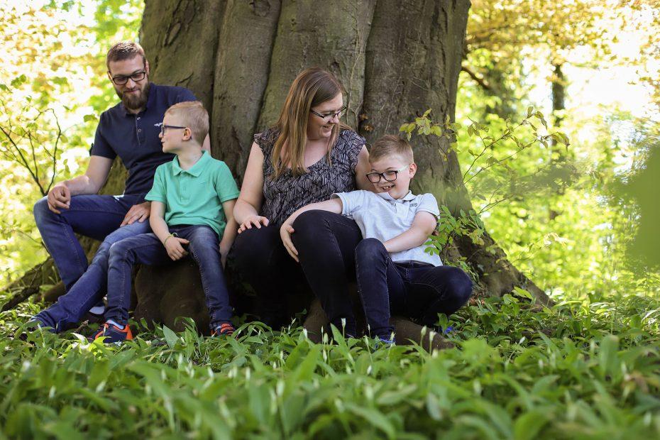 07. En famille - CREATION PAR LA - Anne Leichtnam